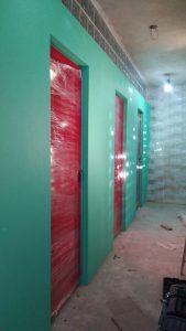 Pintura e Instalación de Puertas